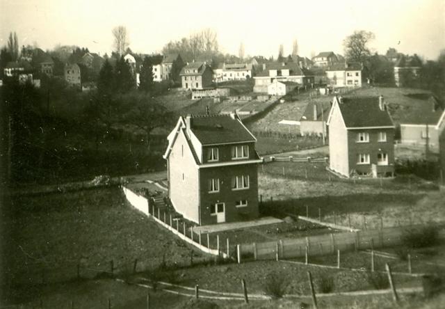 80.1. Froidmont vue de la rue de Limal 25 après 1957 Collection  Jean-Claude Renier