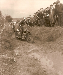 483. Motocross à Froidmont c Francis Broche-1.jpg