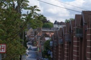 genval,maubroux,avenue des combattants,église saint-pierre