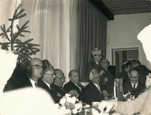 560. Ediles communaux rixensartois en ripaille (décembre 1972) c Dominique Delbrassinne.jpg