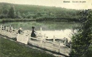 940. Un coin du parc 1914.jpg