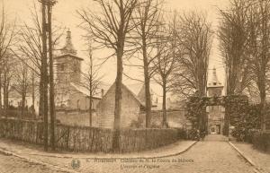 Château de Rixensart entrée et église c JCR Martin.jpg