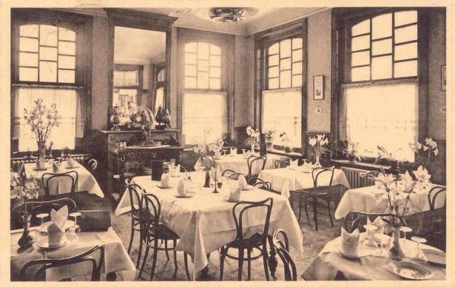 755. Hotel Modern salle de restaurant