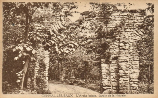 L'arche brisée Jardin de la Hêtraie Genval