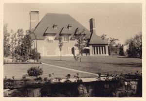 1513. 1955 ca Clair Chatel rue Auguste Lannoye Genval c Fonds Lannoye (Ed. Rétro Rixensart).jpg