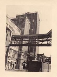 1705. 1947 Grands travaux aux Papeteries de Genval (suite) c Fonds Lannoye (Ed. Rétro Rixensart).jpg