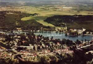 806C. Vue aérienne lac de Genval c Christiane Boehm.jpg