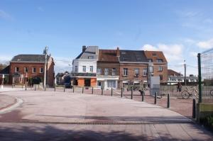 rixensart,ligne vicinale,pont du vicinal,rue de la gare,delhaize rue de la gare,villa sweet home,commerces