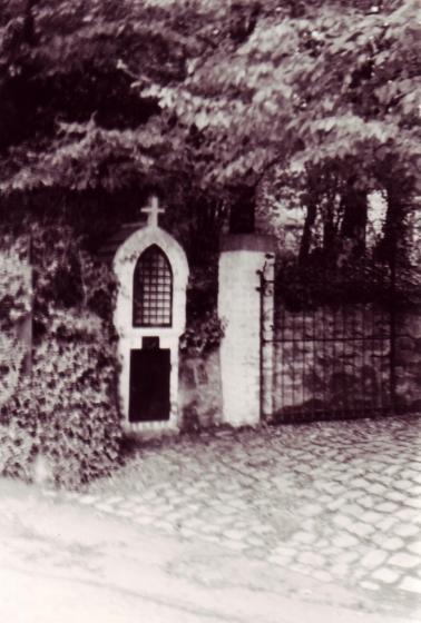AD7 Chapelle de la Viergeà-l'Enfant (voir 194) 1978-1980 © André Delbar.jpg