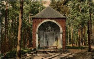 rixensart,chapelles,bois de rixensart,calvaire,saint-etienne