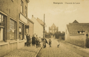 Chaussée de Lasne à Bourgeois c Anne-Marie Delvaux.jpg