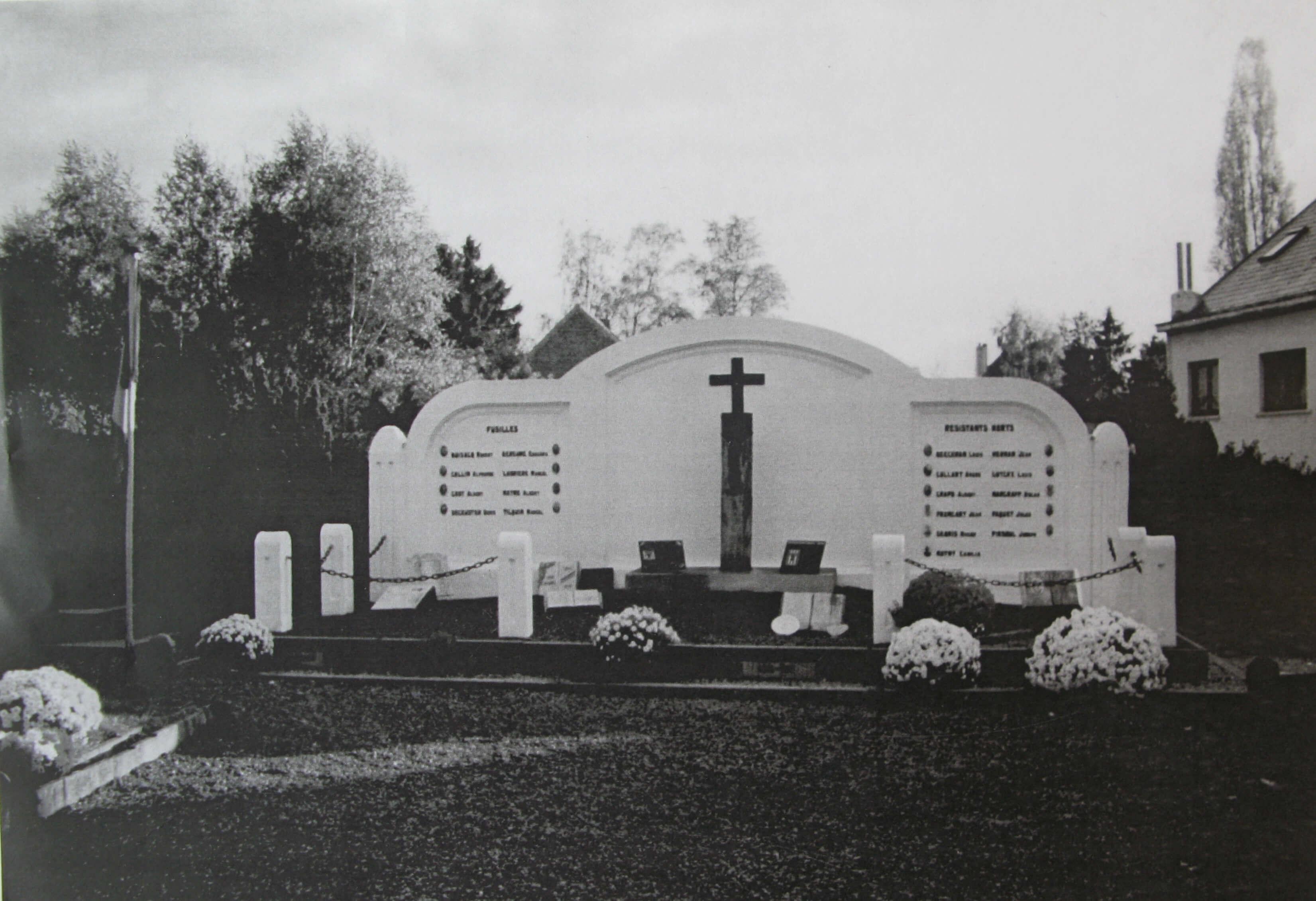 180508 Monument des Résistants rixensartois Cimetière de Rixensart 9.1995 c Cercle d'Histoire de Rixensart (3)
