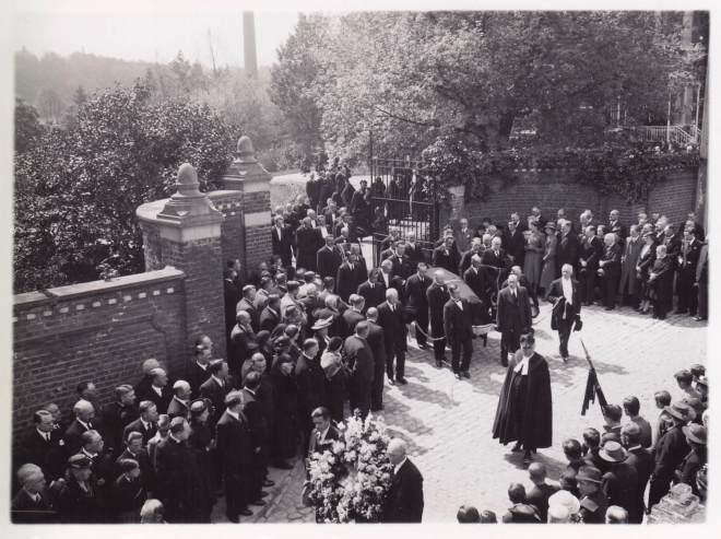 1938 1 juin Funérailles d'Auguste Lannoye à Genval c Fonds Lannoye (Ed. Rétro Rixensart)