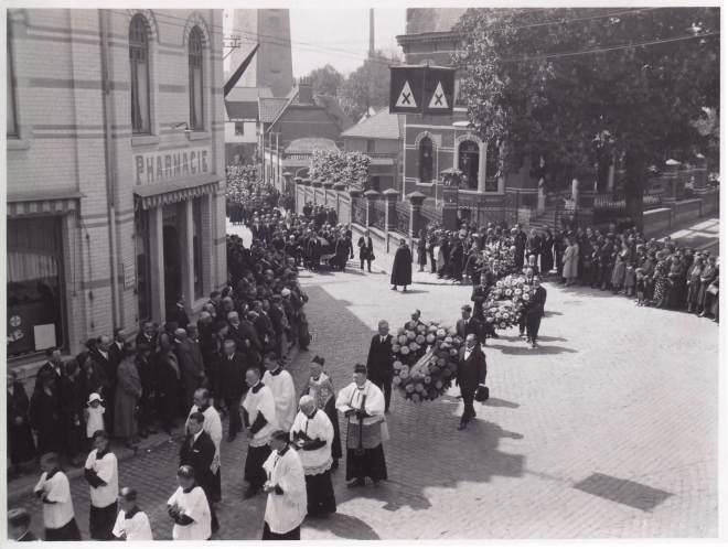 1938 1 juin Funérailles d'Auguste Lannoye à Genval c Fonds Lannoye (Ed. Rétro Rixensart)_2