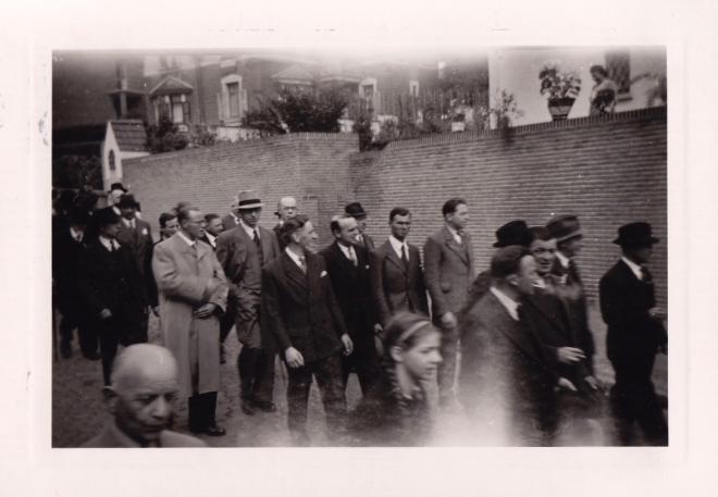 1945 10 mai Fête de la Libération Place communale de Genval c Fonds Lannoye (Ed. Rétro Rixensart) 4