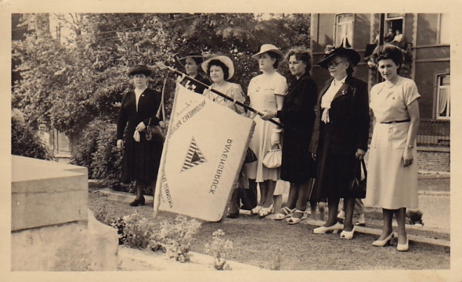 180620 Journée patriotique Place communale de Genval 20.6.1948 coll Christiane Dandumont 2