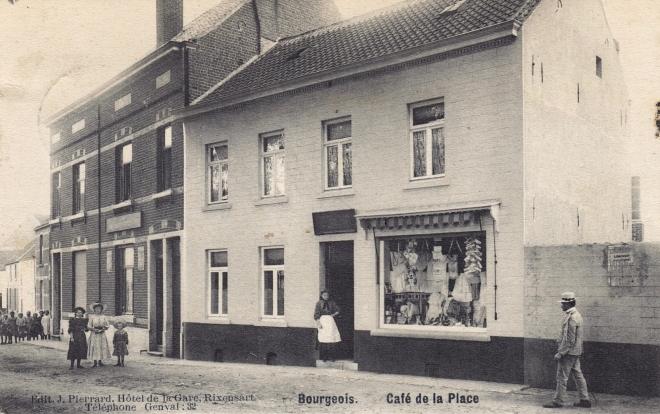 A Café de la Place Bourgeois 1908 © Jean-Louis Lebrun