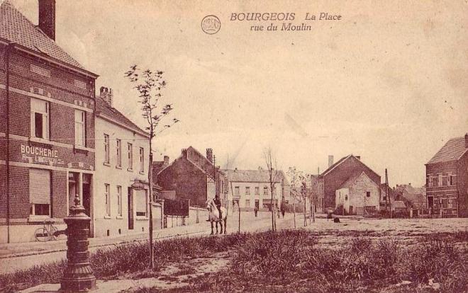 la place rue du moulin 1923 c Francis Broche