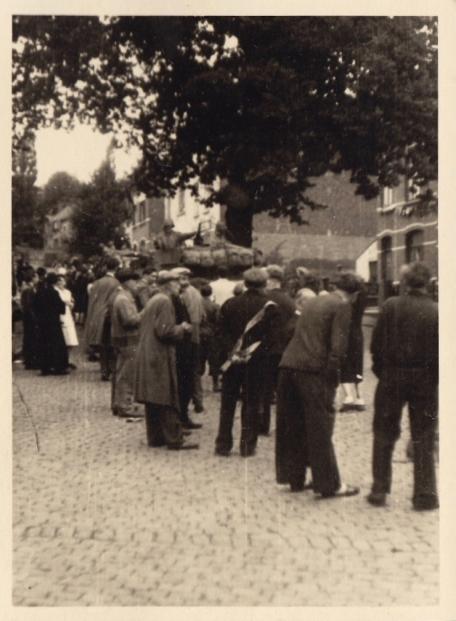 1487. 1944 7 septembre Libération de Genval par l'Armée américaine c Fonds Lannoye (Ed. Rétro Rixensart) 2