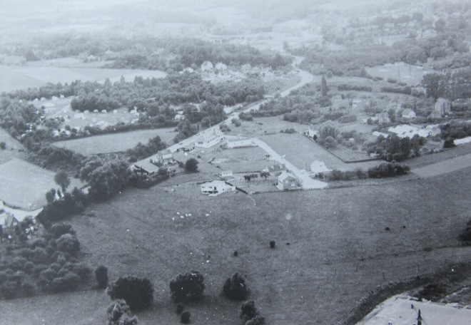 Vue aérienne avenue Albert Ier 25.8.1965 c CHR