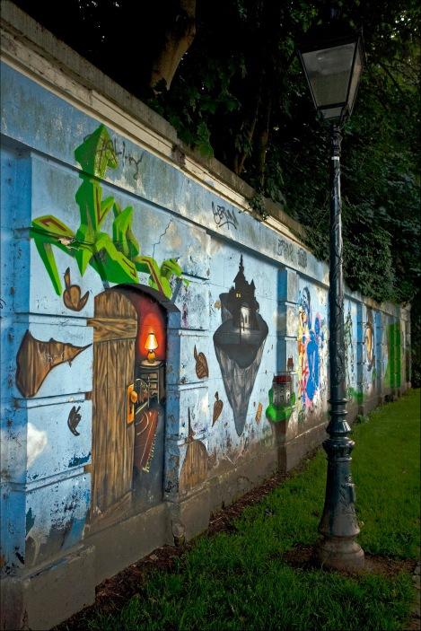 Graffiti du lac Genval Promenade Paul Harris 8.2013 © Dominique Mouvet