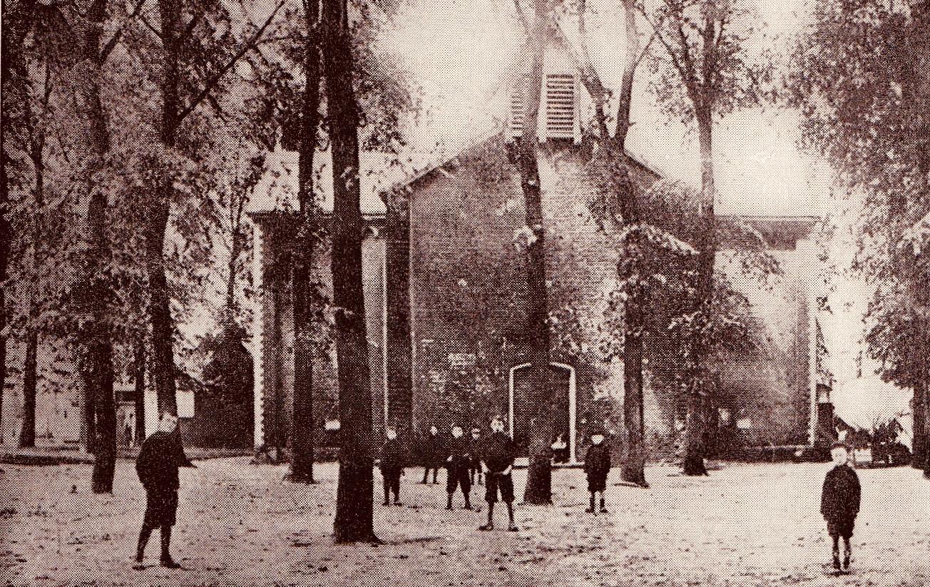 181129 Première église de Bourgeois coll Vivien de Walque (1)