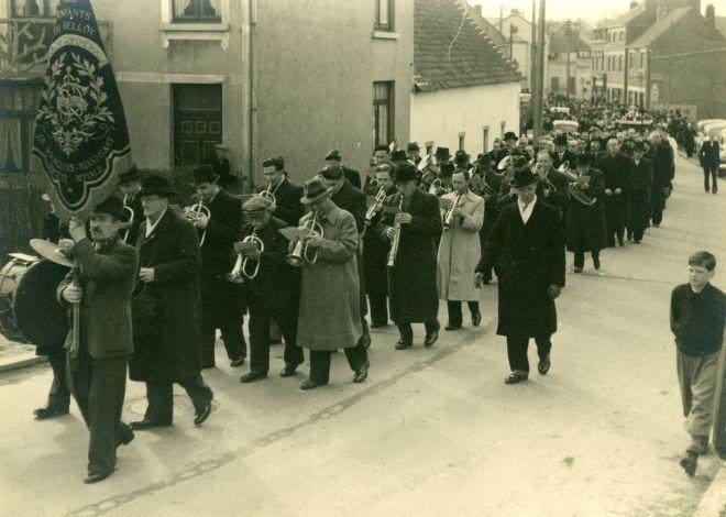 11. Funérailles Dr Lucien Dessy mars 1947 Collection Dupuis Delbrassinne