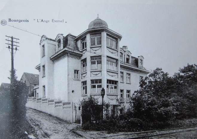 1950 Rue de la Bassette Château de la Délivrance L'Ange Eternel coll. CHR