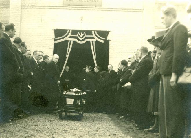 2. Funérailles Dr Lucien Dessy mars 1947 Collection Dupuis Delbrassinne