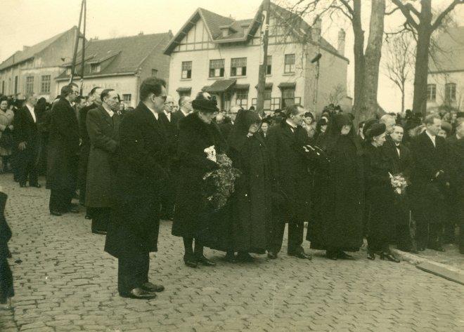 20. Funérailles Dr Lucien Dessy mars 1947 Collection Dupuis Delbrassinne