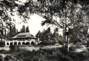 3 Château d'eau de Rosières Maison Nationale de la Jeunesse 1953 coll PR copie