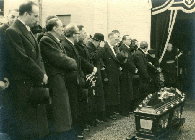5. Funérailles Dr Lucien Dessy mars 1947 Collection Dupuis Delbrassinne