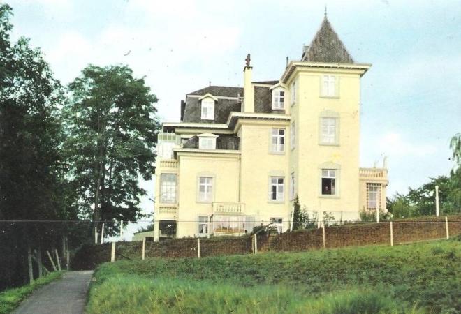 Château de la Délivrance vue depuis le sentier Denis coll PR copie