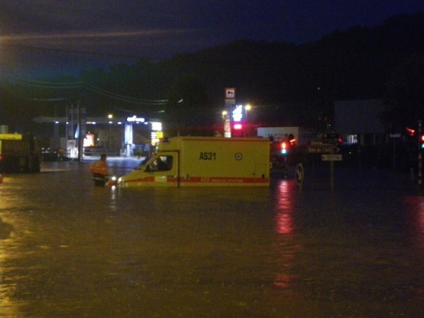 Inondations à Genval 15.5.2009 © Julien Vanderweerden 4