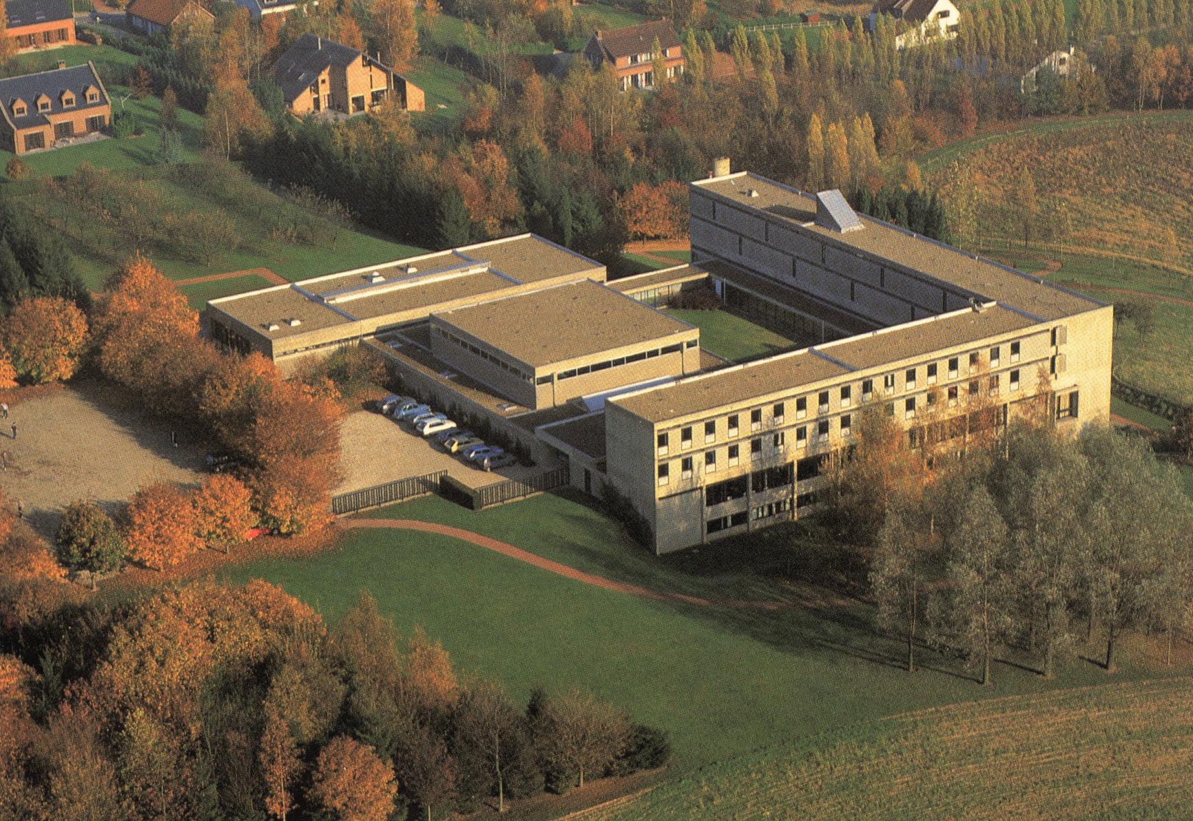 Monastère de l'Alliance Monastère des Bénédictines Rixensart coll. JCR BOU1