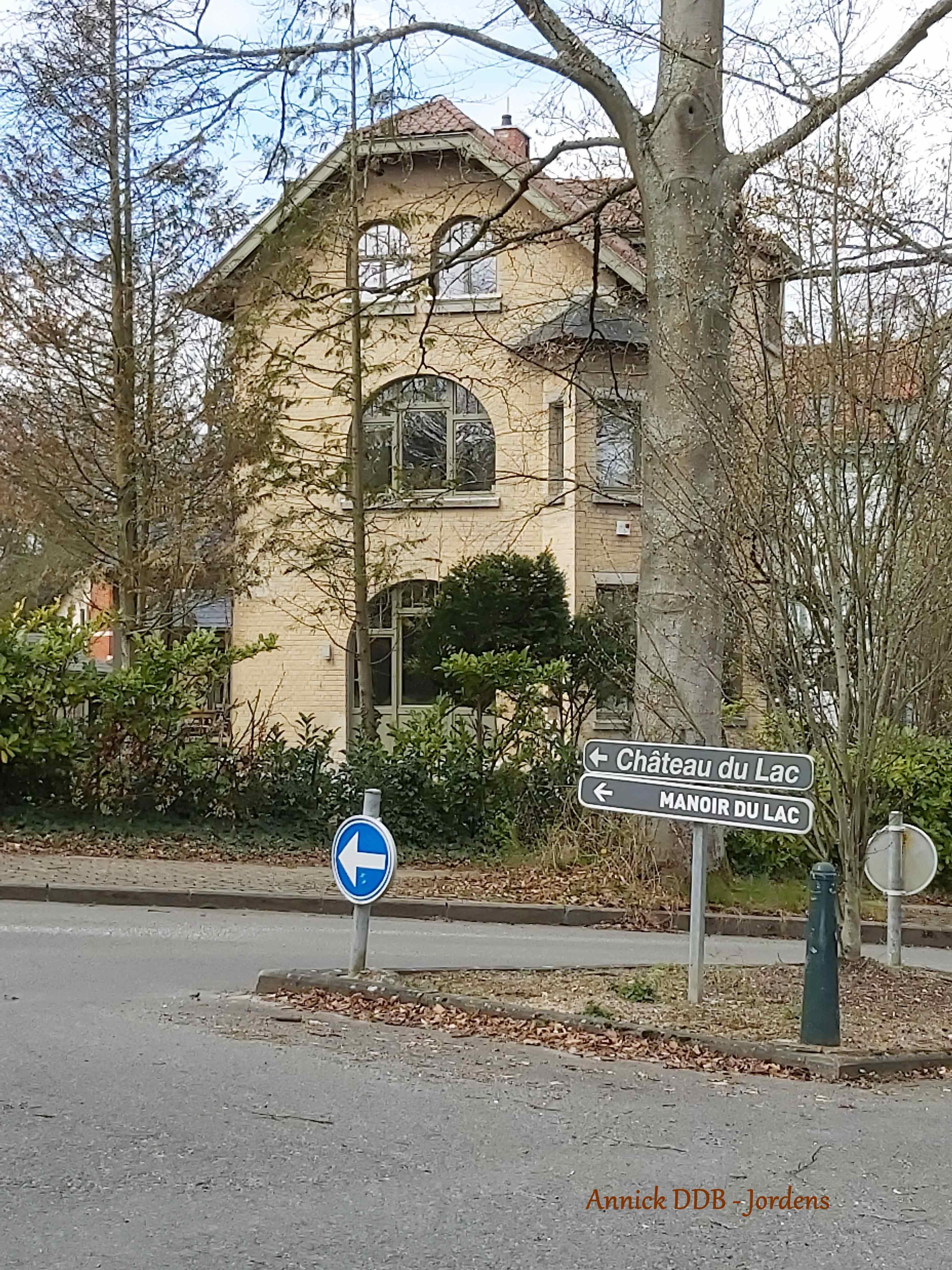 Villa Les Bluets avenue des Merisiers 3 Genval 3.2020 © Annick Dedobbeleer