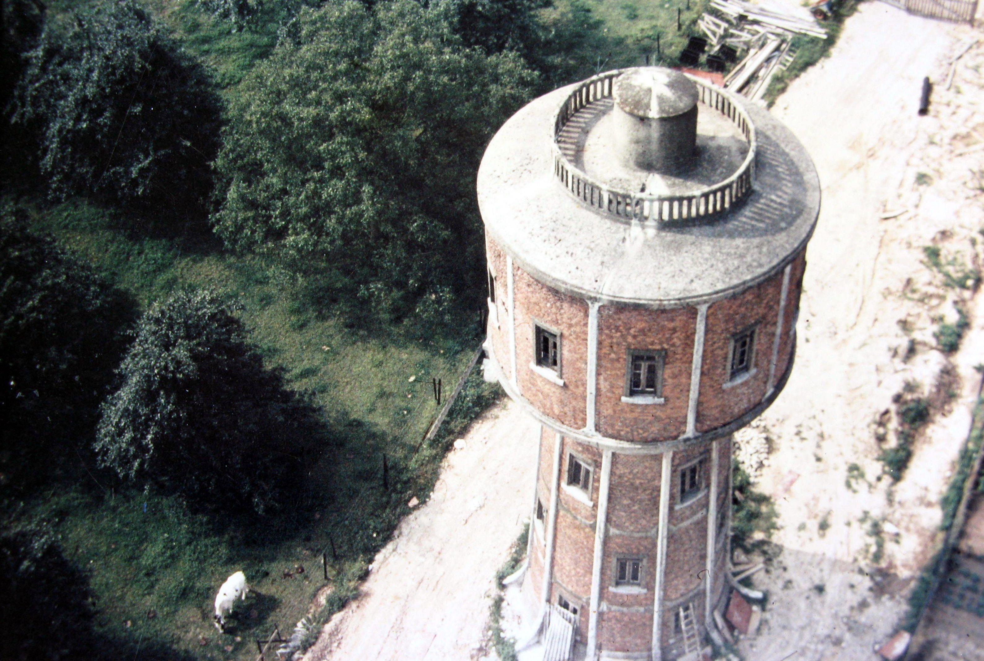 1969 | Ancien château d'eau de Genval photographié depuis le nouveau château d'eau